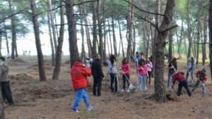 Το ΑΞΙΟΝ συμμετείχε στον καθαρισμό του δάσους στο λιμάνι του Πόρτο Λάγος
