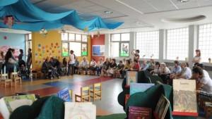 Τα νήπια τίμησαν την παγκόσμια ημέρα για την τρίτη ηλικία